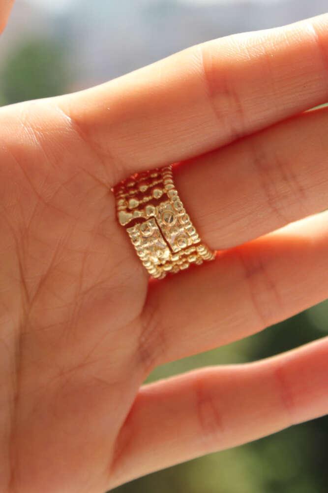 Toptop İçten Sıralı Kalın Gold Yüzük